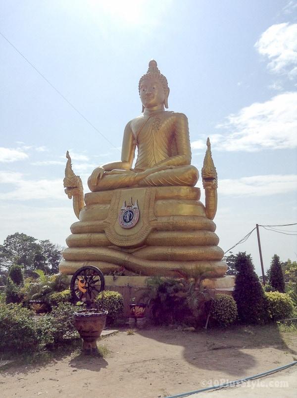 Little golden buddha, Phuket, Thailand | 40plusstyle.com