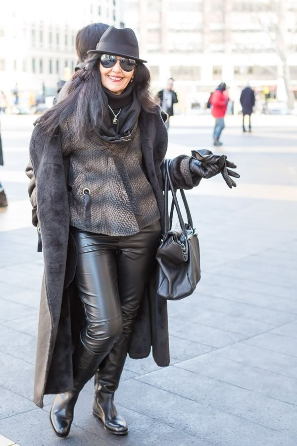 New York street style featuring 40+ women wearing leather | 40PlusStyle.com