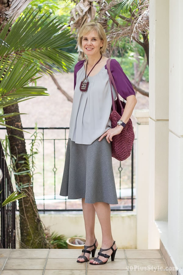 Tips for wearing pastels: combine with brighter assessories on top!   40PlusStyle.com