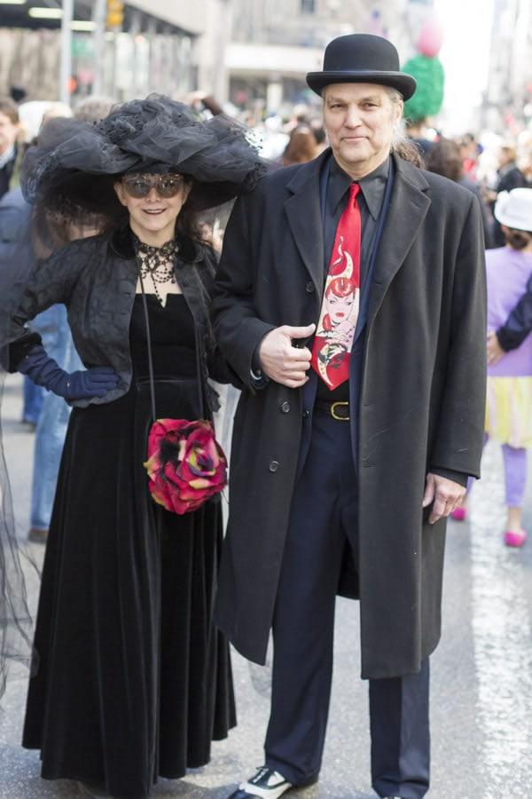 Going all black with red accents at New York Easter Parade   40plusstyle.com