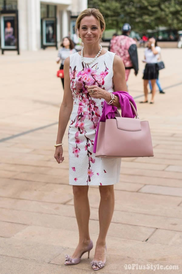 A pink flowers summer shift dress | 40plusstyle.com