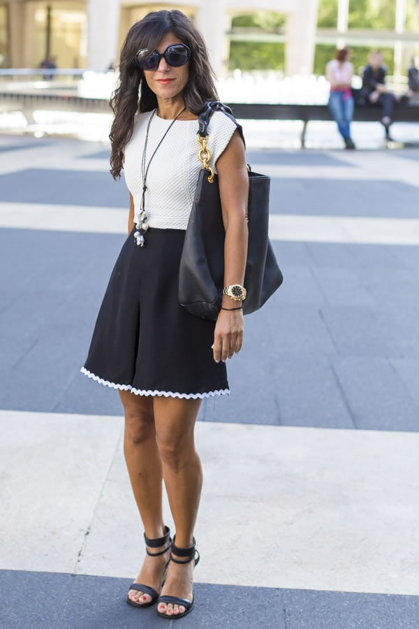 A chic black and white mini skirt look | 40plusstyle.com