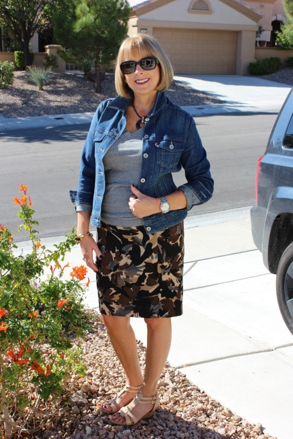 Denim Jacket Floral Print Straight Skirt | 40plusstyle.com
