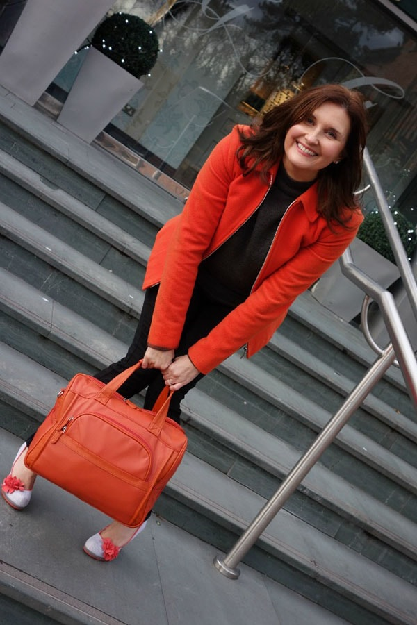 Inspiration on how to wear orange | 40plusstyle.com