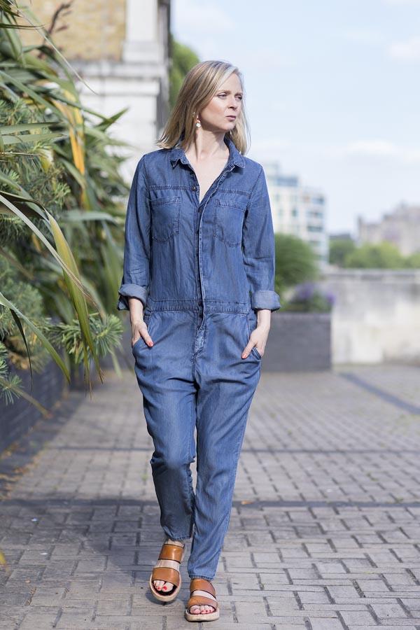 Chic blue denim romper fashion | 40plusstyle.com