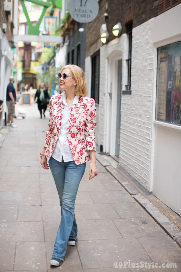 Flower jacket and jeans | 40plusstyle.com