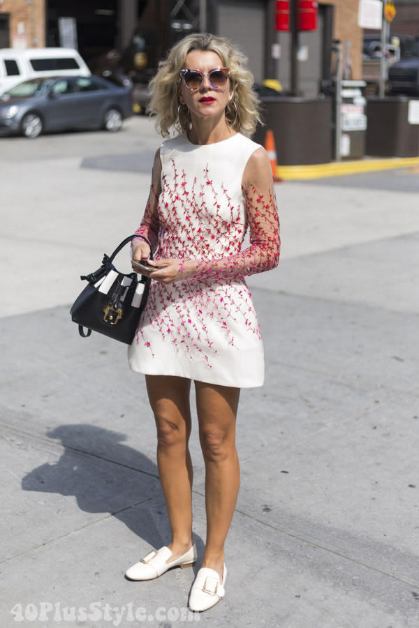 embroidery flowers dress | 40plusstyle.com