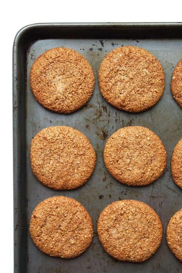 Chewy Molasses Cinnamon Cookies
