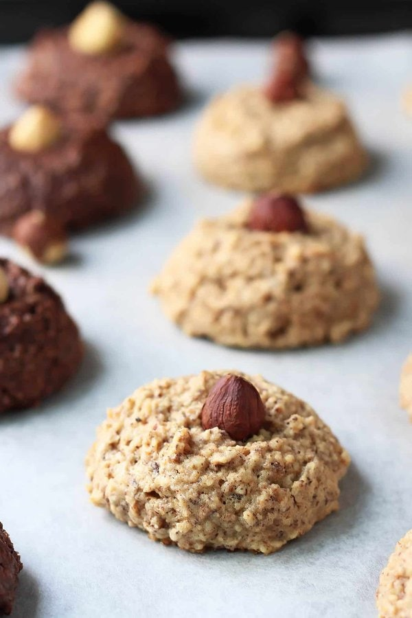 Hazelnut Honey Macaroons