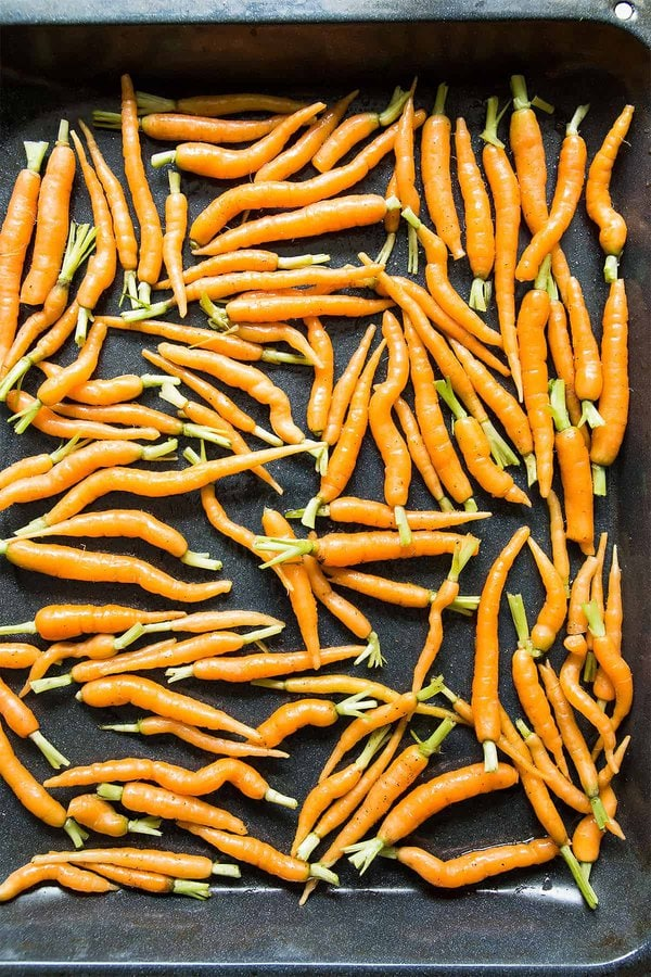 Baby Carrots in Roasting Pan