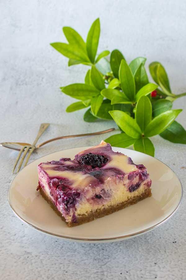 grain free cheesecake bars