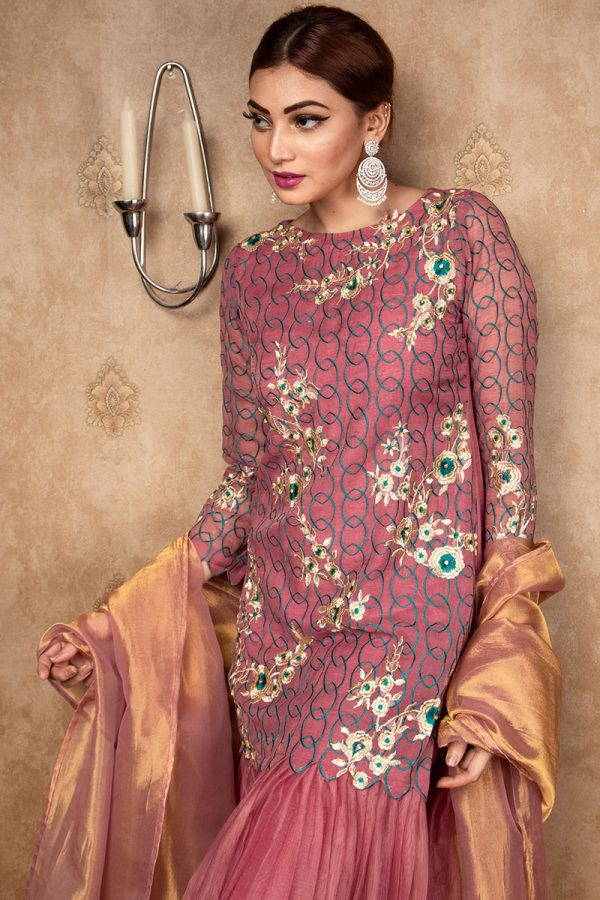 Buy Exclusive Mauve Party Wear – Aqs212 Online In USA, Uk & Pakistan