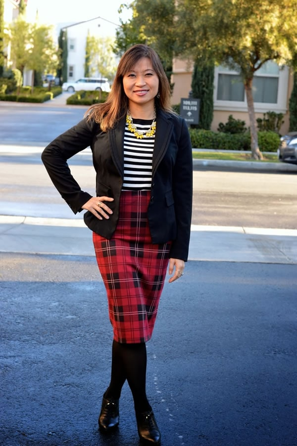 pattern mixing tube skirt | How to rock a pencil skirt: a style intereview with Alice | 40PlusStyle.com