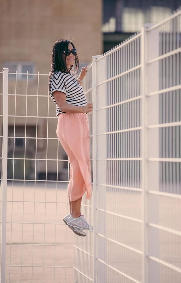 Souri wearing pink with stripes | 40plusstyle.com
