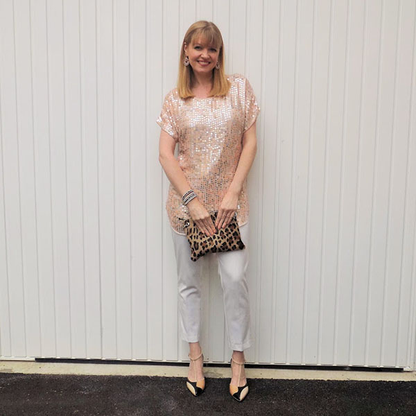 Sequinned tunic and leopard bag | 40plusstyle.com