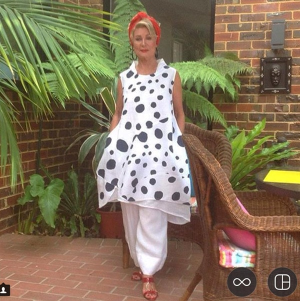 #40plusstyle inspiration: Black and white polka dotted outfit | 40plusstyle.com