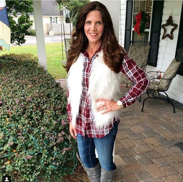 Red and white plaid outfit idea | 40plusstyle.com