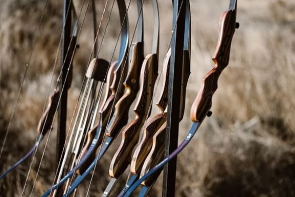 traditional takedown recurve bow