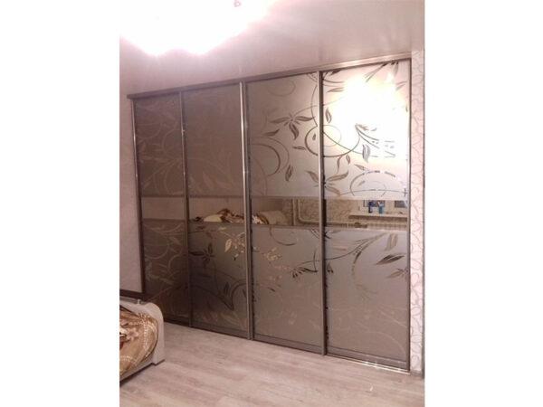 Шкаф-купе с пескоструем стекло