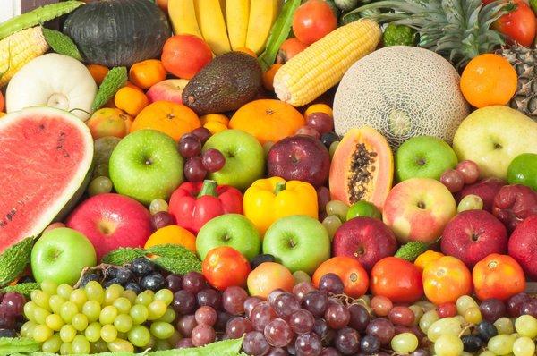Thực phẩm nên và không nên ăn khi da dầu
