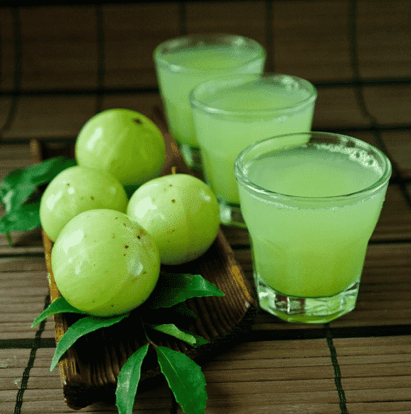How does amla juice helps to lose weight