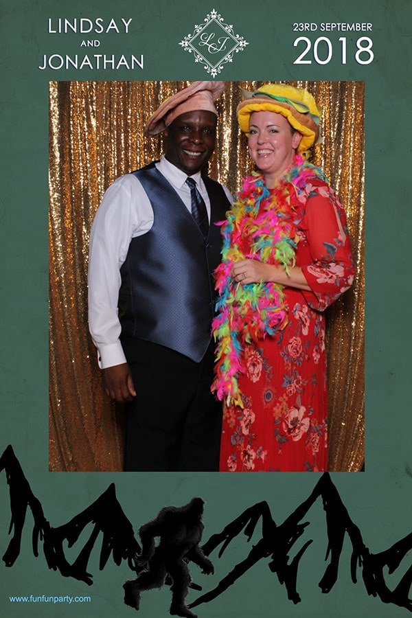 Mirror Me Photo Booth | Mirror Photo Booth Rental in Dripping Spring TX | Fun Fun Party