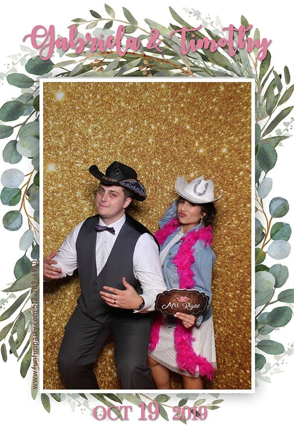 Mirror Photo Booth | Premium Mirror Photo Booth Rental in Wimberley TX | Fun Fun Party