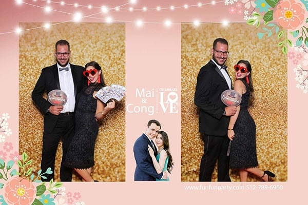 Mirror Photo Booth | Premium Mirror Photo Booth Rental in Dripping Spring TX | Fun Fun Party