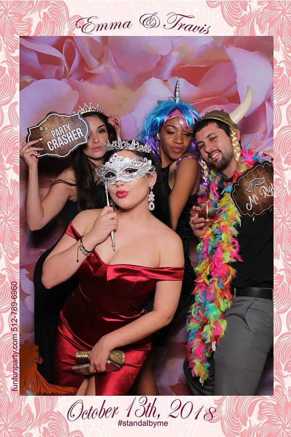 Wedding Villa St.Clair | Magic Mirror Photo Booth Rental | Manor TX | Fun Fun Party