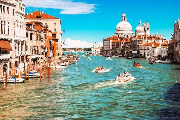 Venice is one of my favorite cities in Europe and the world