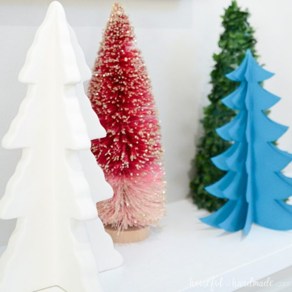 See how we added pops of color to our farmhouse Christmas decor. This rustic jewel tone Christmas decor is the perfect blend of cozy and fun. Housefulofhandmade.com