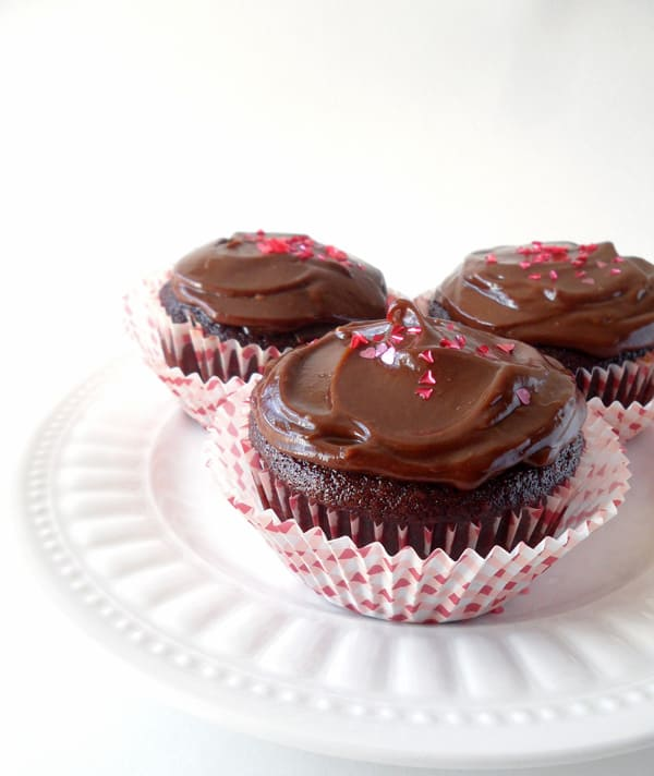 Chocolate Espresso Frosting on Cupcakes