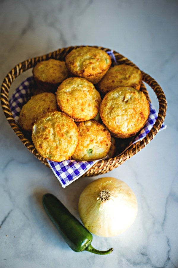 cornbread muffins with jalapeno peppers and corn