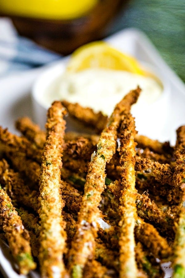 Air Fryer Asparagus Fries with dipping sauce