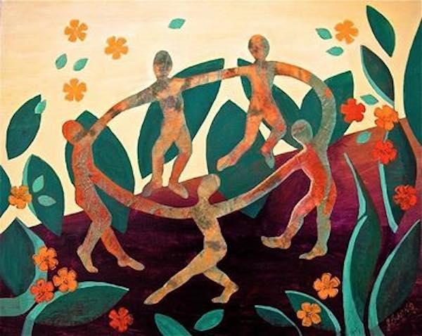 círculo de mujeres bailando