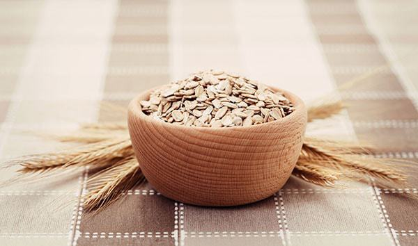 how to wash face using oats