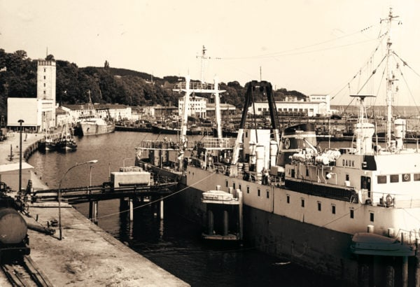 The fishing port as seen from the West, ca. 1975, © City Archives and City Library Sassnitz