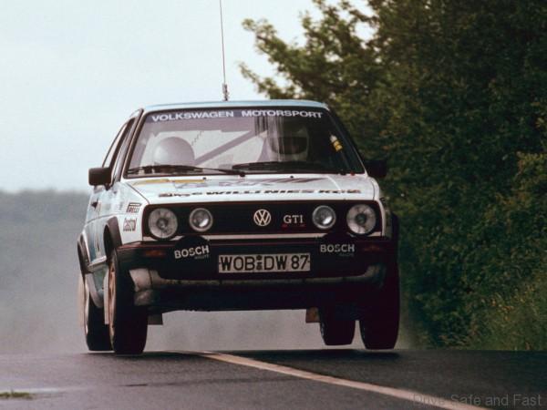 Volkswagen Golf Mk2 1983 rally