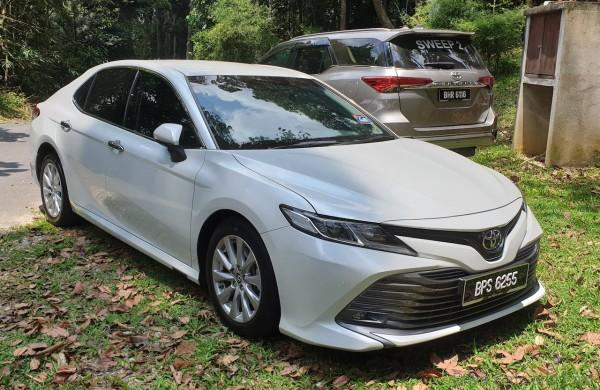 Spotted New Toyota Camry 2 0 Vvt Iw Model In Malaysia