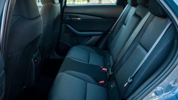 Mazda CX-30 drive