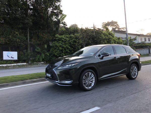 Lexus RX 300 Luxury test drive