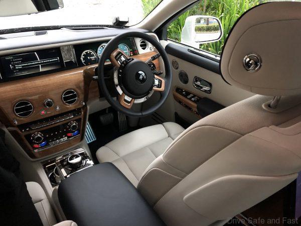 Rolls Royce Phantom 2019 interior