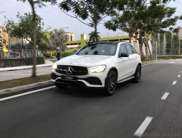 Mercedes-Benz GLC 300 4-Matic front