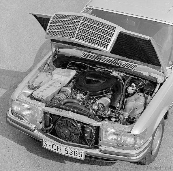 Mercedes-Benz 450 SEL 6.9 front