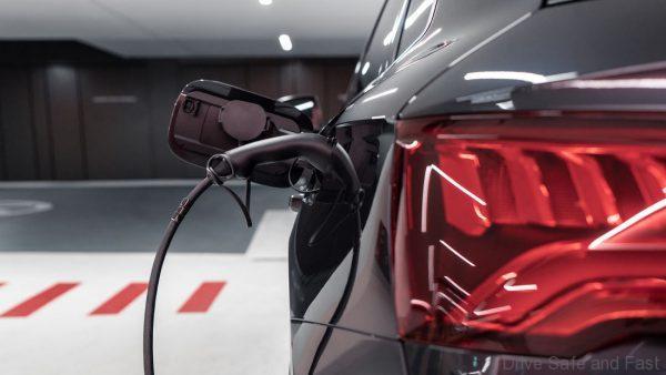 Abt Tuned Audi Q5 Hybrid 55 TFSI e plugin charge
