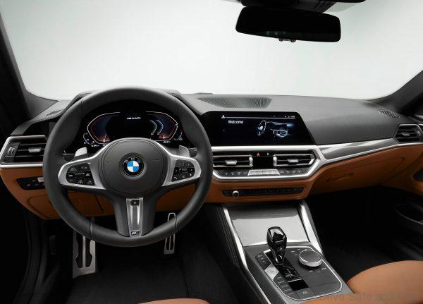 2021 BMW 4-Series Coupé steering