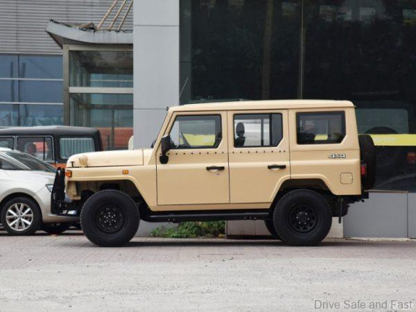 BJ212 side view