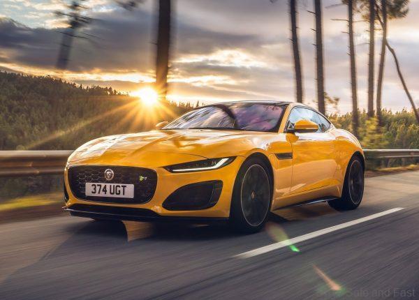 Jaguar F-TYPE 2021_yellow