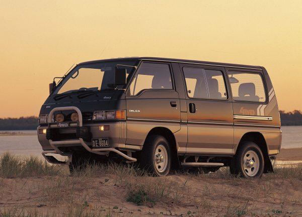Mitsubishi Delica 4WD_1986