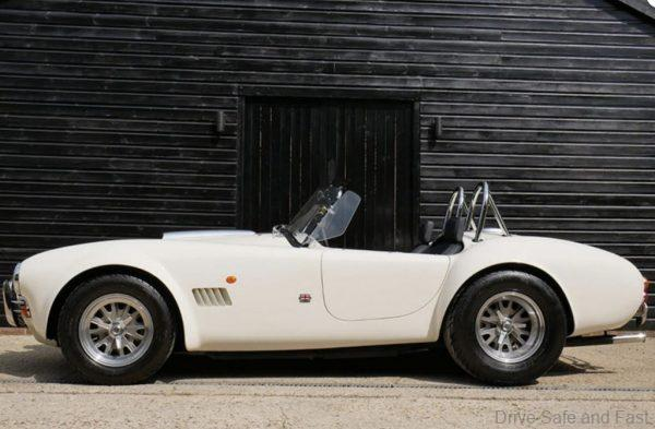 AC Cobra side profile